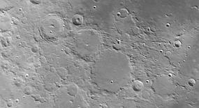 moon-30-04-2012